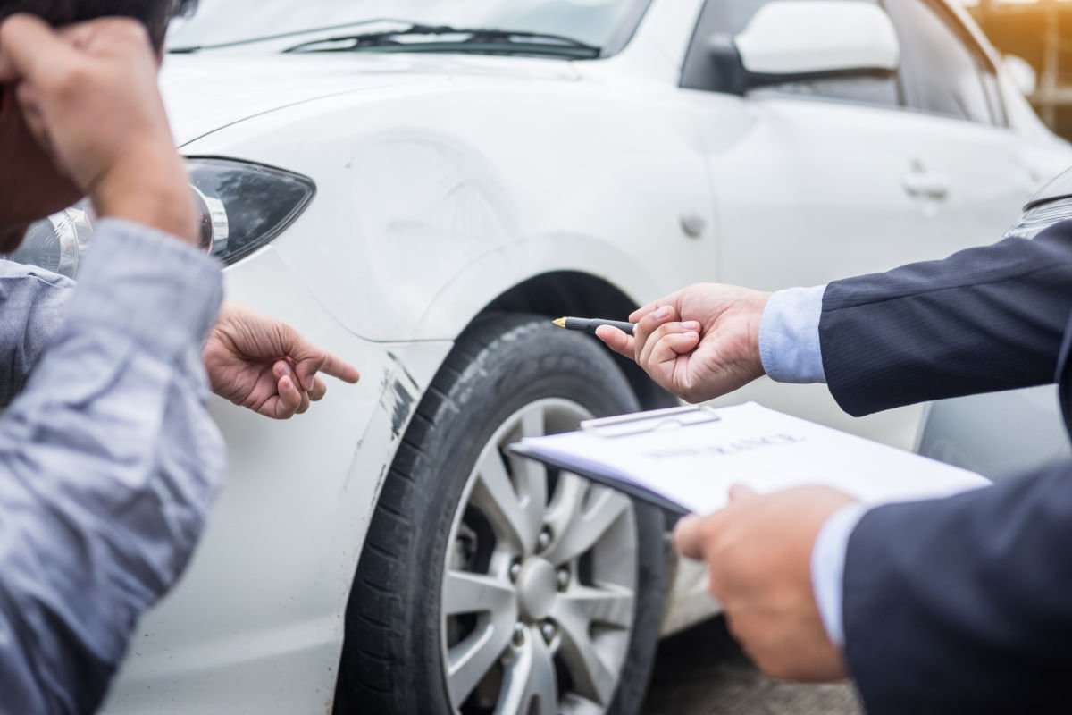 How To Get A Rental Car From Insurance Claim >> If I Hit A Stationary Object Will My Insurance Cover It